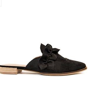 MOOREA SEAL Pierson Loafers Black